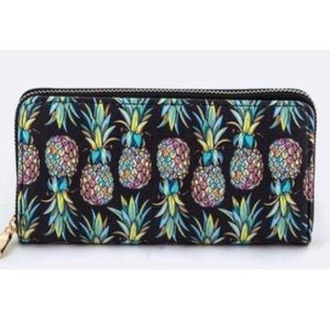 Handbags - 🍍Pineapple Wallet 🍍